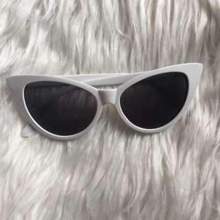 Cat-Eye Shape Sunglasses