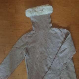 🚚 淺可可色內搭薄針織毛毛上衣 #畢業一百元出清