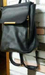 🚚 黑色肩背包包(肩背帶可拆)(再購買任一件商品可折50元#畢業兩百元出清