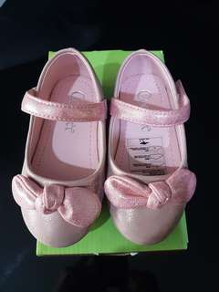 Baby girl Ballerina pink shoes Size 23