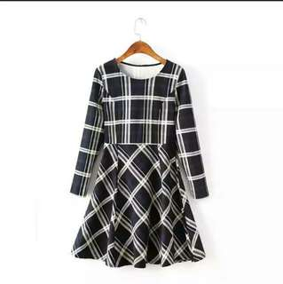 🚚 SALE!! INSTOCK / BN TARTAN CHECKERED SLEEVED DRESS #payday30