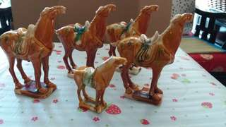 Tang dynasty replicated horses唐三彩