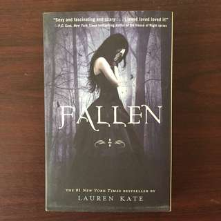 FALLEN by Lauren Kate (Paperback)