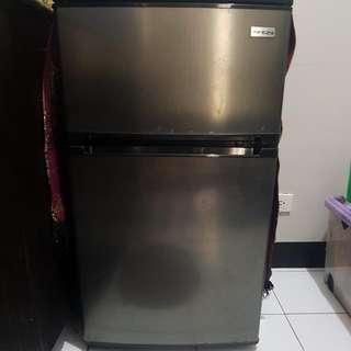 2 Door EZY Personal Refrigerator