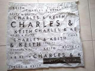 Dustbag Charles n Keith Ori jumbo