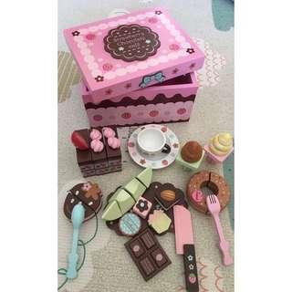 🚚 日本 Mother Garden 的木製玩具 野草莓巧克力點心盒