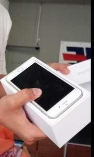 Jual iphone 6s 64gb barang masih mulus di pakai 6 bulan butuh cepat