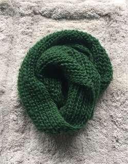 Infinity loops scarf