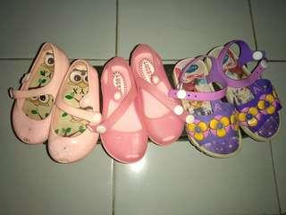 preoved sepatu karet anak