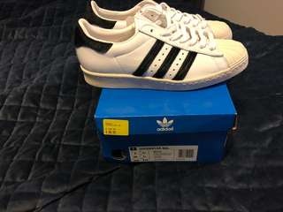 Authentic Adidas 80's Superstars size 7