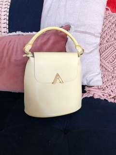 Bell Shoulder Bag - Lemonade
