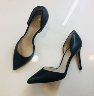 Size 7 Aldo Heels