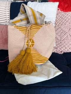 Susu Knit Bucket Bag