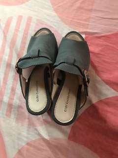 Gibi collection grey wedge