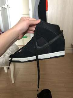 AUTHENTIC Nike High dunk (hidden) Wedge
