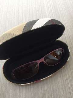 Burberry sunglasses太陽眼鏡