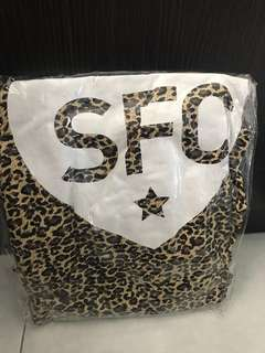 Show lo SFC Tee shirt - XL size