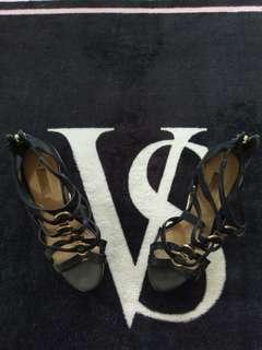 ~ Guess ~ Black Heels ~
