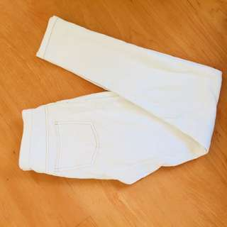 HUE White pants