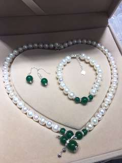 Real pearl 天然淡水珍珠頸鏈+手鏈+耳環 配綠玉髓吊墜