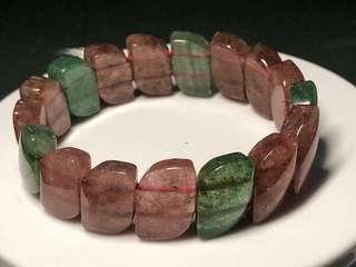 Red and Green Strawberry quartz bracelet 红和绿草莓晶手排