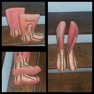 Rain boots assorted