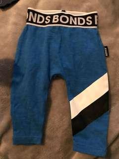 Bonds legging newborn