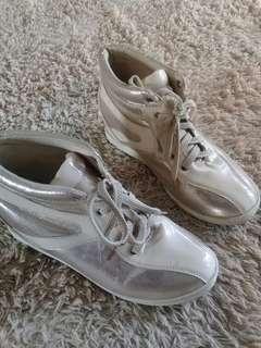 Sepatu wedges wanita import