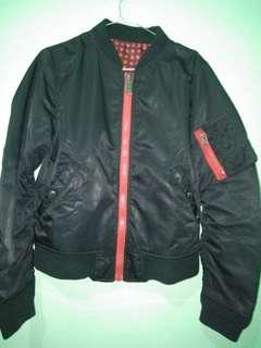Jaket bomber tanpa kerut/2warna