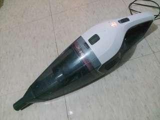 充電式吸塵機