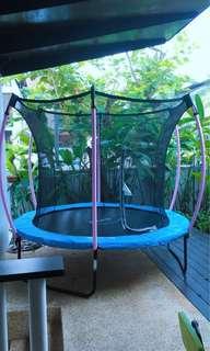 PLUM 8ft Trampoline EN71-14 with safety net enclosure