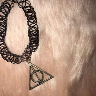 Deathly Hallows choker (HARRY POTTER INSPIRED)