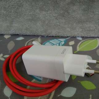 OnePlus Original Dash Charger