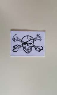 1pc Skulls design iron on patch
