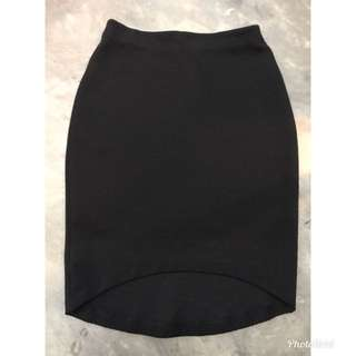 H&M black asymmetrical skirt
