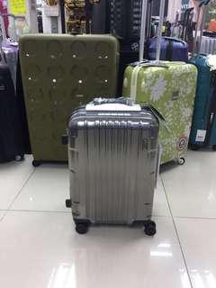 阿豪 日本品牌LOJEL KOZMOS系列 鋁框 20吋行李箱