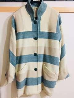 🚚 古著 義大利 綠白條紋大衣