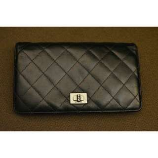Authentic CHANEL Bifold Wallet