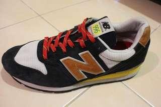 Sepatu New Balance 996 Made In USA Original ukuran US:10,Uk:9.5,EU:44