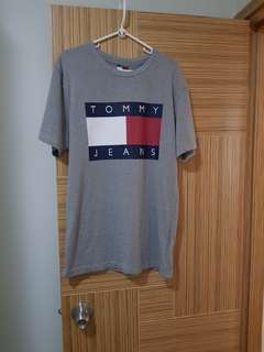 Tommy T裇
