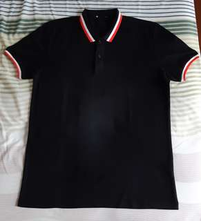 Kaos Polo Hitam size L slim fit