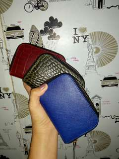 Ladies Cardholder Wallet With Gold Zipper