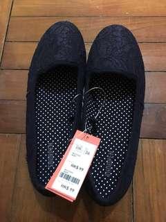 全新 未剪牌 Shoopen 女 休閒鞋