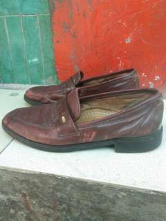 Sepatu kulit Geox model LOAFER PENNY original made in ITALY