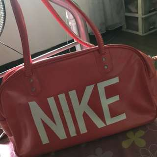 Nike Bag (travel bag)