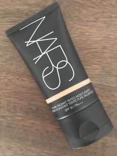 NARS radiant tinted moisturiser Alaska