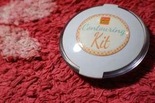 RUSH SELLING!!! Sooper Beaute Contouring Kit