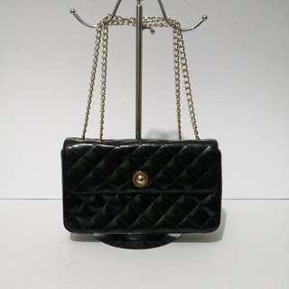 Authentic Fion Diamond Quilted Patent Leather Two-way Shoulder Bag
