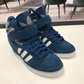 Adidas Ankle Sneaker