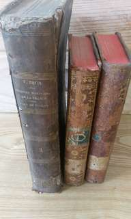 🚚 3 OLD FRENCH BOOKS